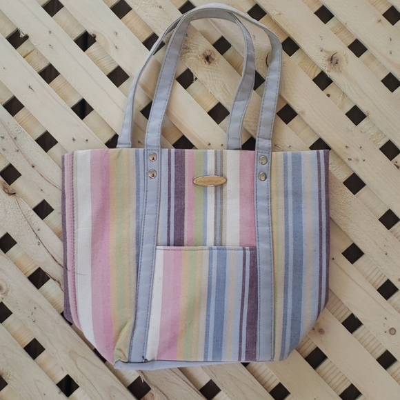 Longaberger Handbags - Longaberger Stripped magnetic close purse